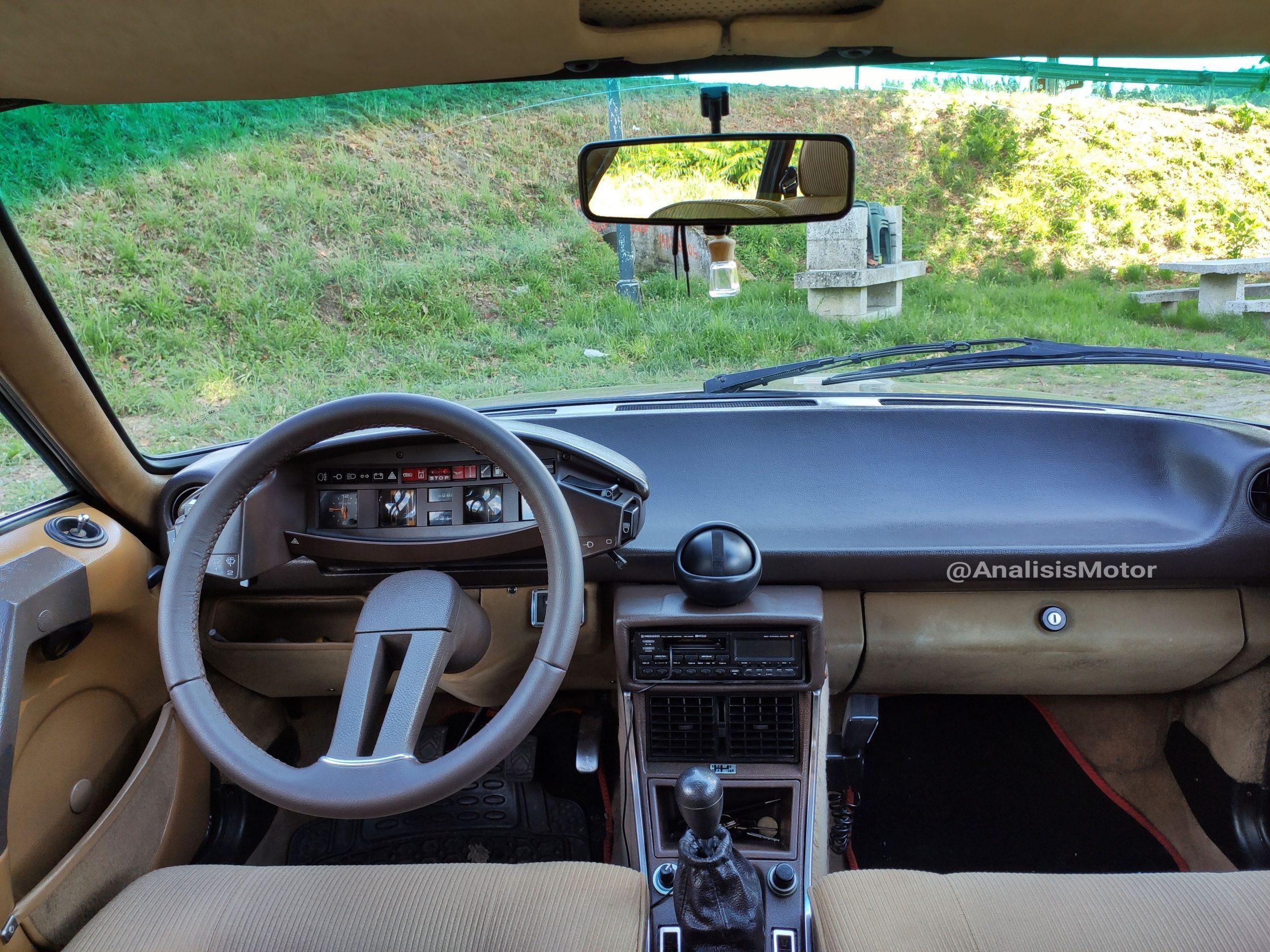 Salpicadero e Interior Citroen CX