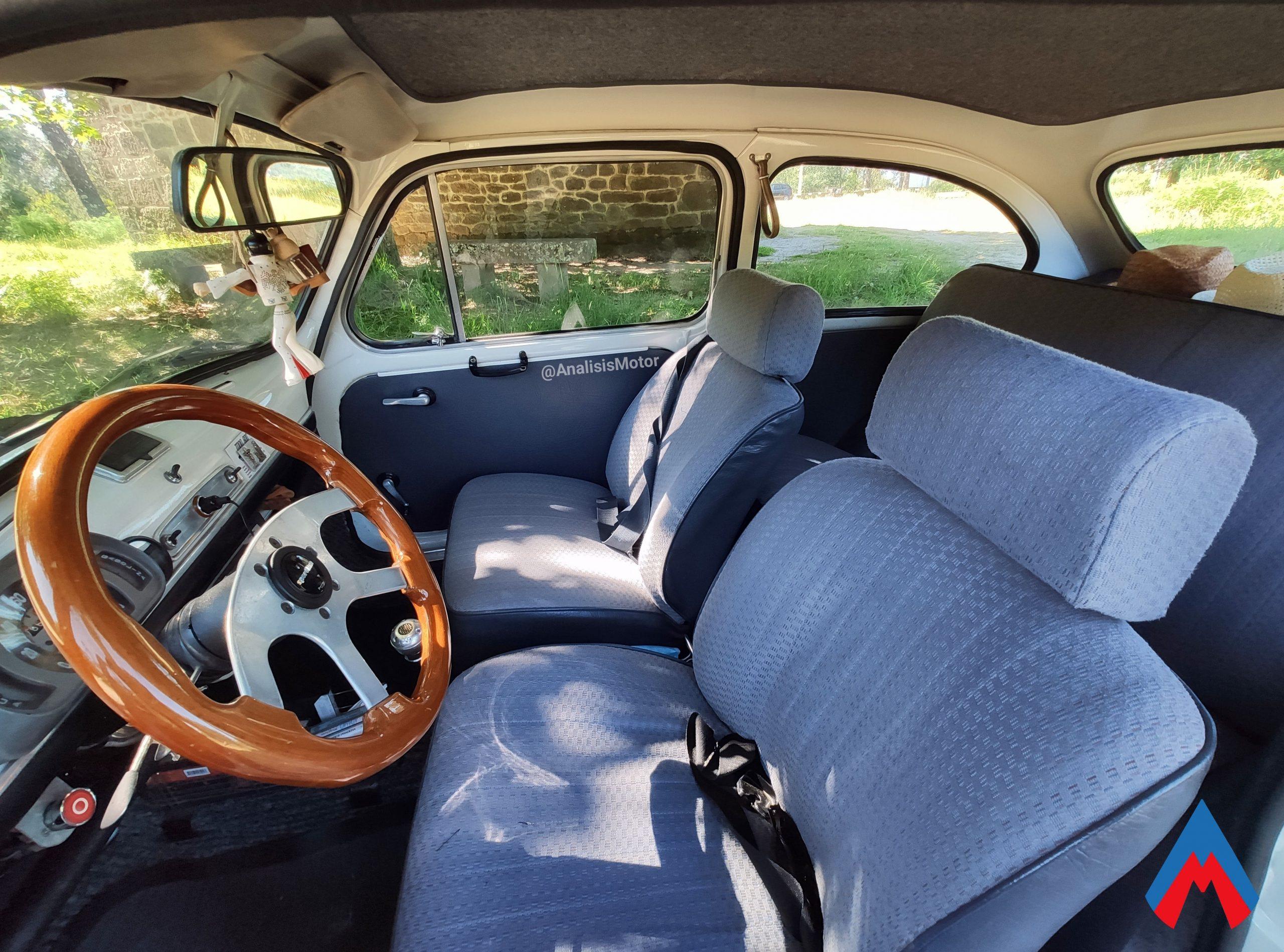Interior Seat 600 E